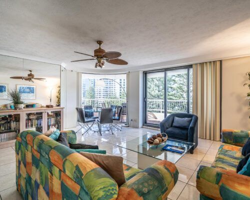 broadbeach-gold-coast-2bed-standard-apartments2