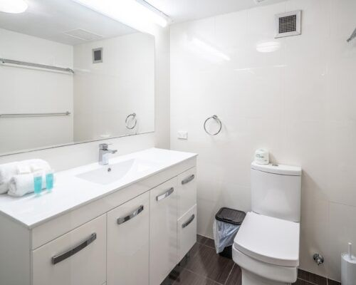 broadbeach-gold-coast-2bed-standard-apartments6