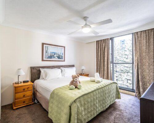 broadbeach-gold-coast-2bed-standard-apartments7