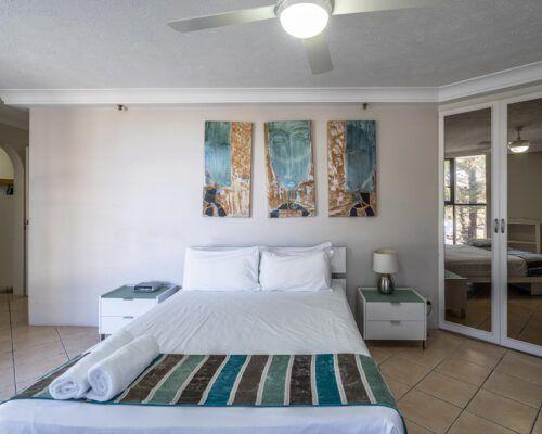 broadbeach-gold-coast-standard-apartments10