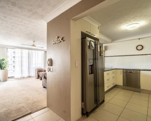 broadbeach-superior-apartments40